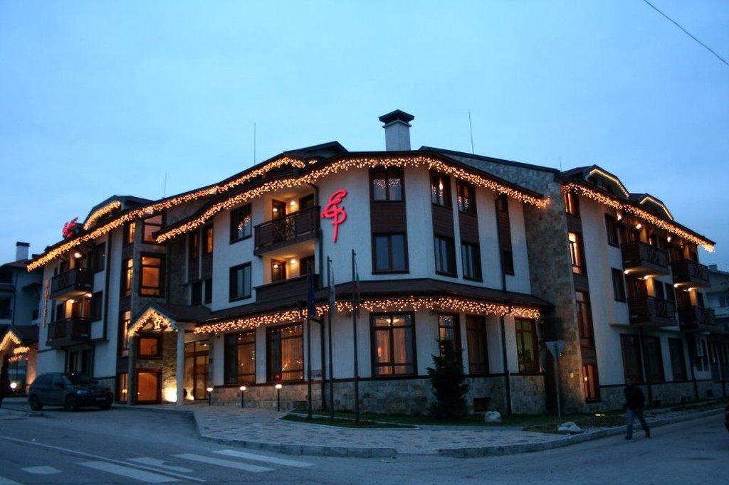 エベリナパレスホテル