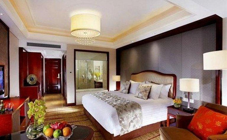 SanLi New Century Grand Hotel