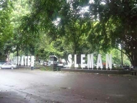 Denggung Sleman Square