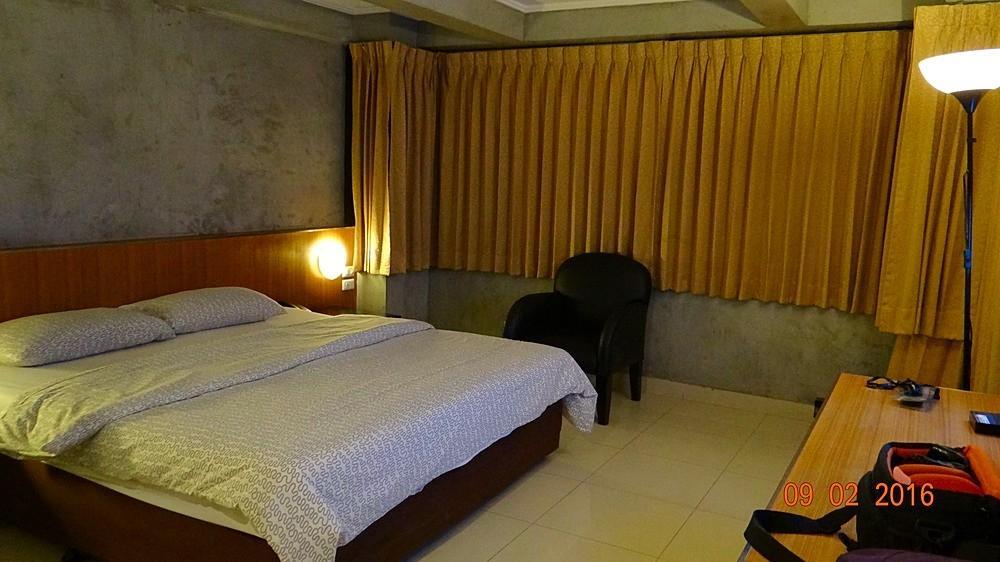 ホワイト パレス ホテル バンコク