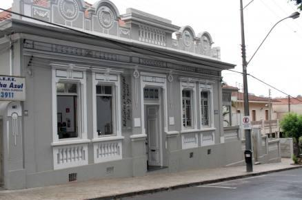 Júlia Luiz Ruette Municipal Library