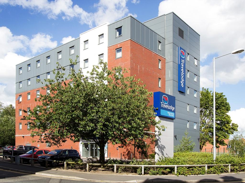 Travelodge Bolton Central River Street