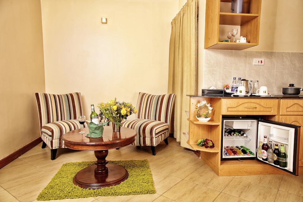 Longview Suites