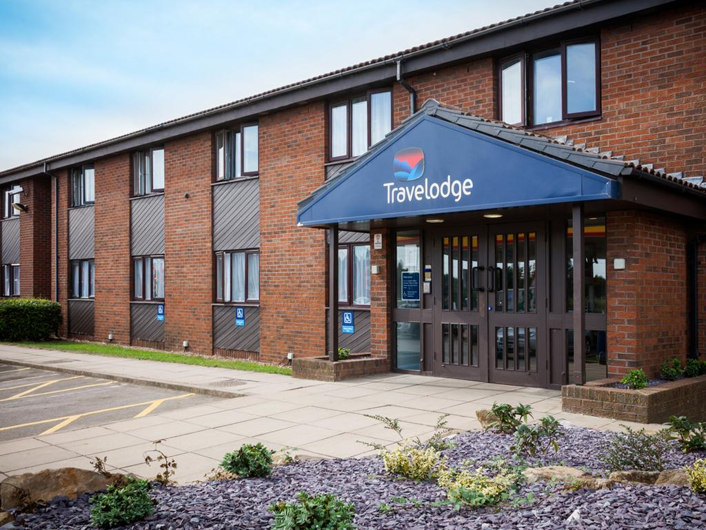 Marston United Kingdom  City pictures : Travelodge Bedford Marston Moretaine Bedfordshire Prices, Photos ...