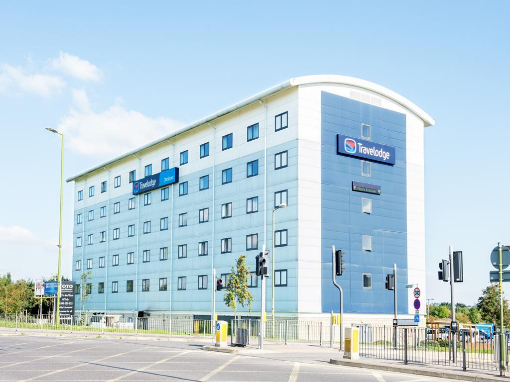 Travelodge Cheshunt
