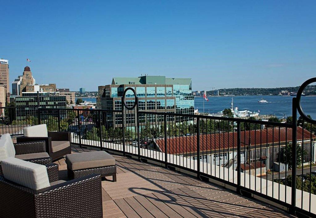 Courtyard halifax downtown hotel reviews tripadvisor for Hotels on the terrace