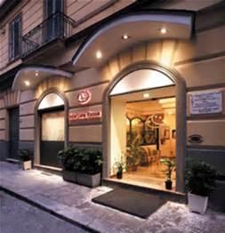 Luna Rossa Hotel