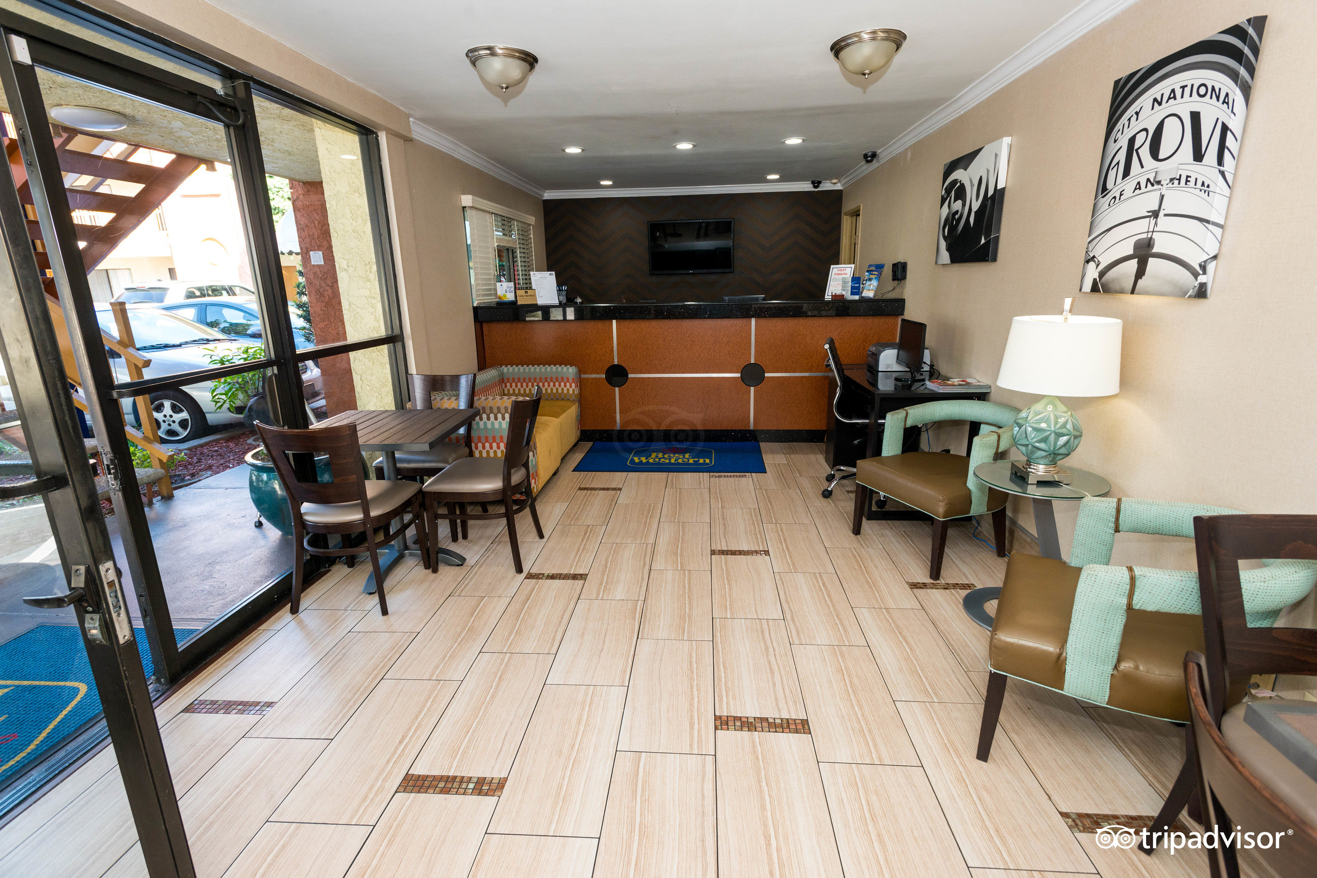 BEST WESTERN Courtesy Inn Anaheim CA Hotel Review Family