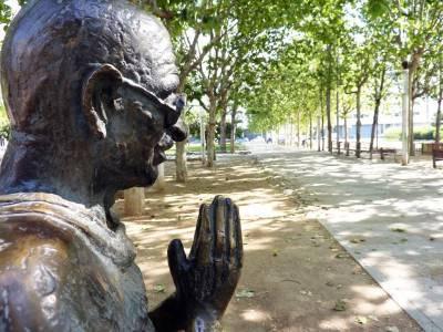 Monumento a Mahatama Gandi