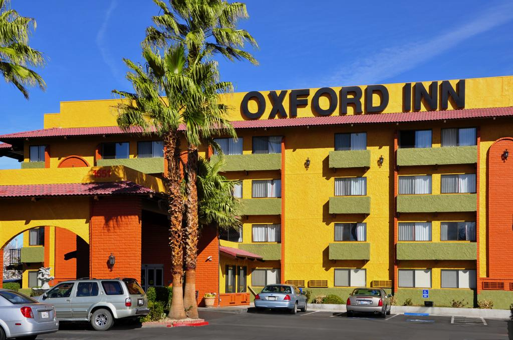 Oxford Inn & Suites Lancaster