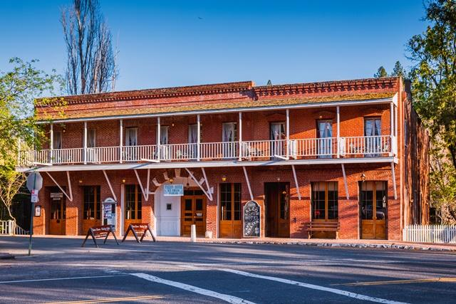 Fallon Hotel
