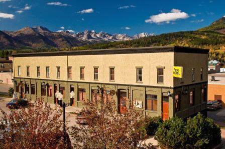 The Fernie Hotel & Pub