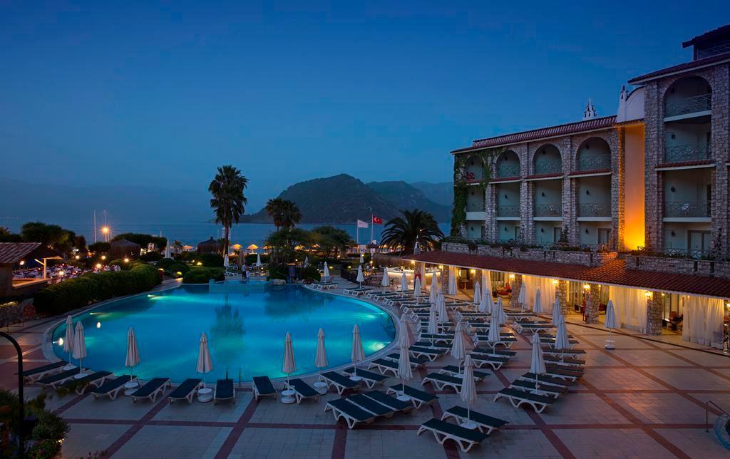 マルティ ラ ペルラ ホテル
