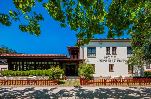 アルセア ミラドール デ ラ フランカ ホテル