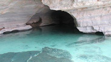 Pratinha Grotto