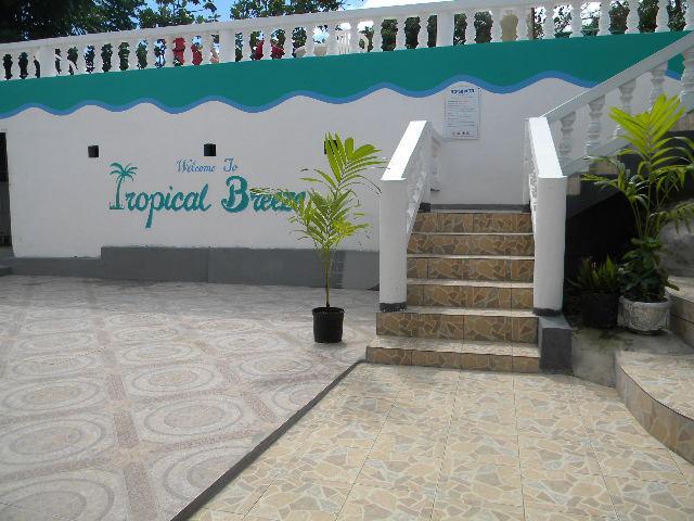 Tropical Breeze Villa