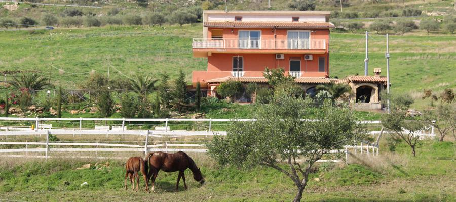 Sicilian White Horse Bed & Breakfast Sicily