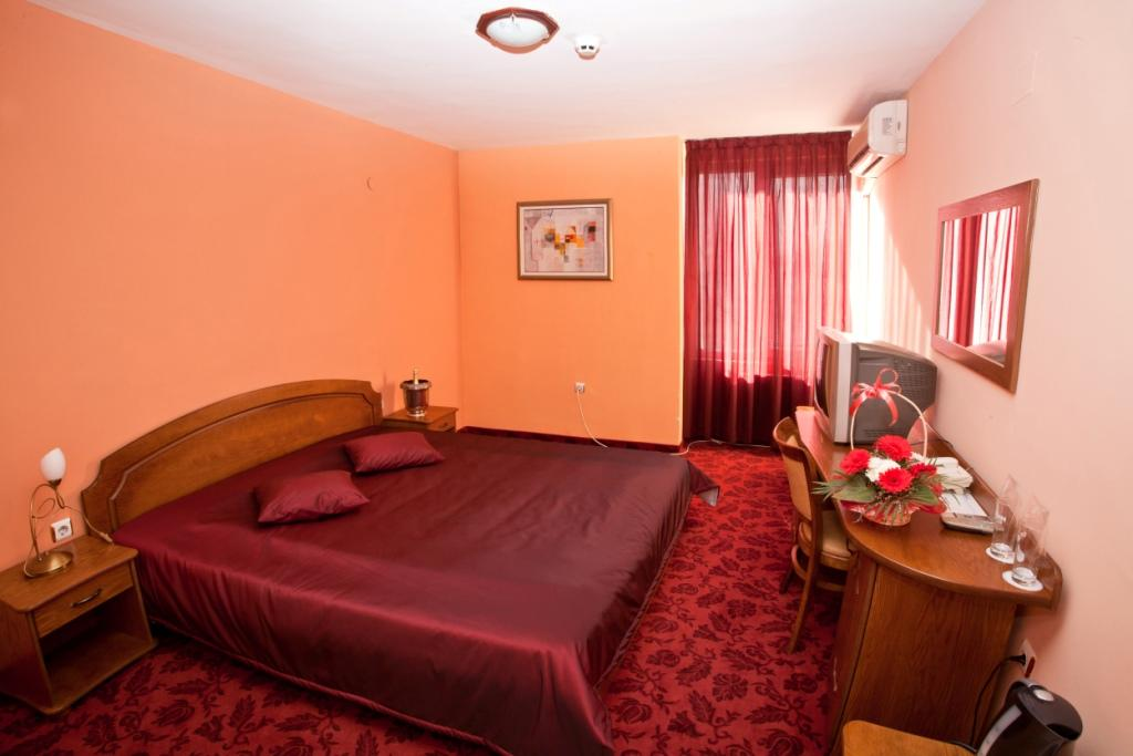 ホテル メトロポル