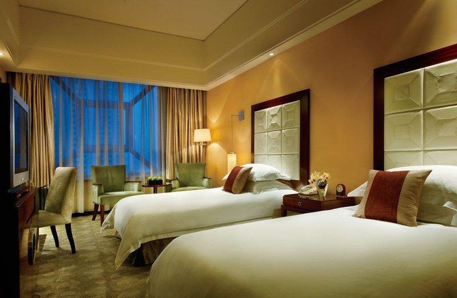 Sky-Land Guang Dong Hotel