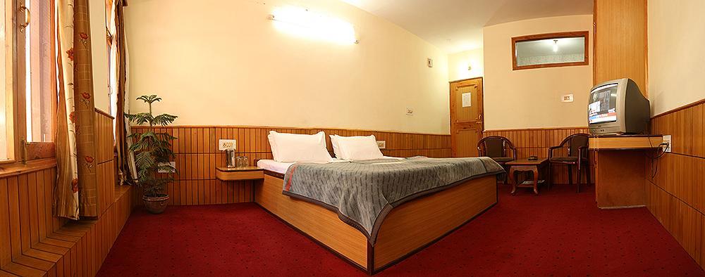 新阿達什訥酒店