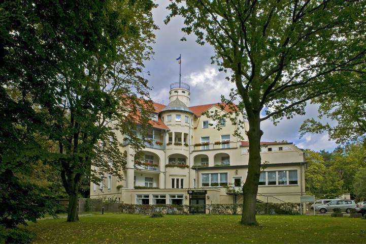 Hotel & Bungalows Waldschloss Parow