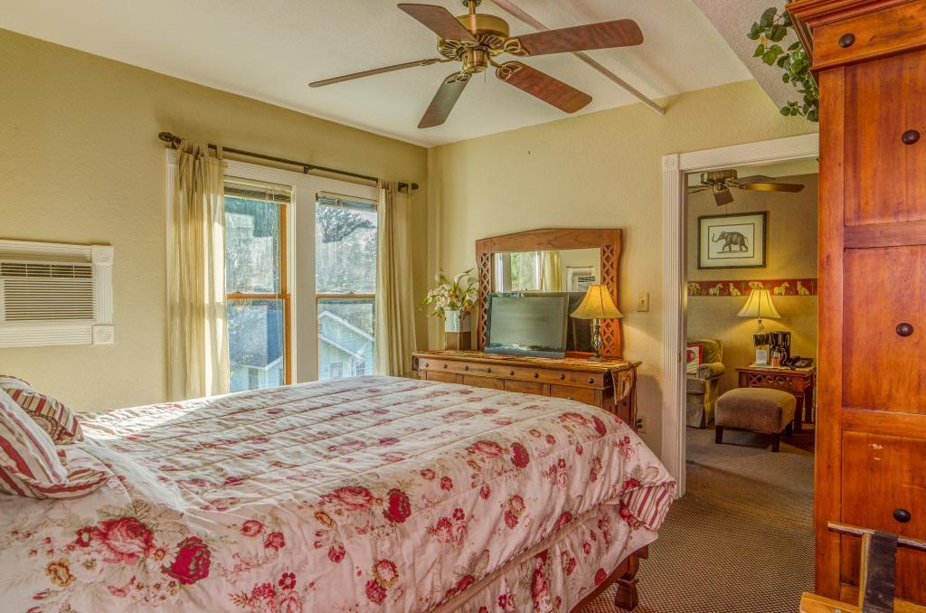 2 bedroom suites in florida%0A The Historic Peninsula Inn  UPDATED      Prices  u     Motel Reviews  Gulfport   FL   TripAdvisor