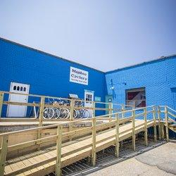 ‪Manteo Cyclery‬
