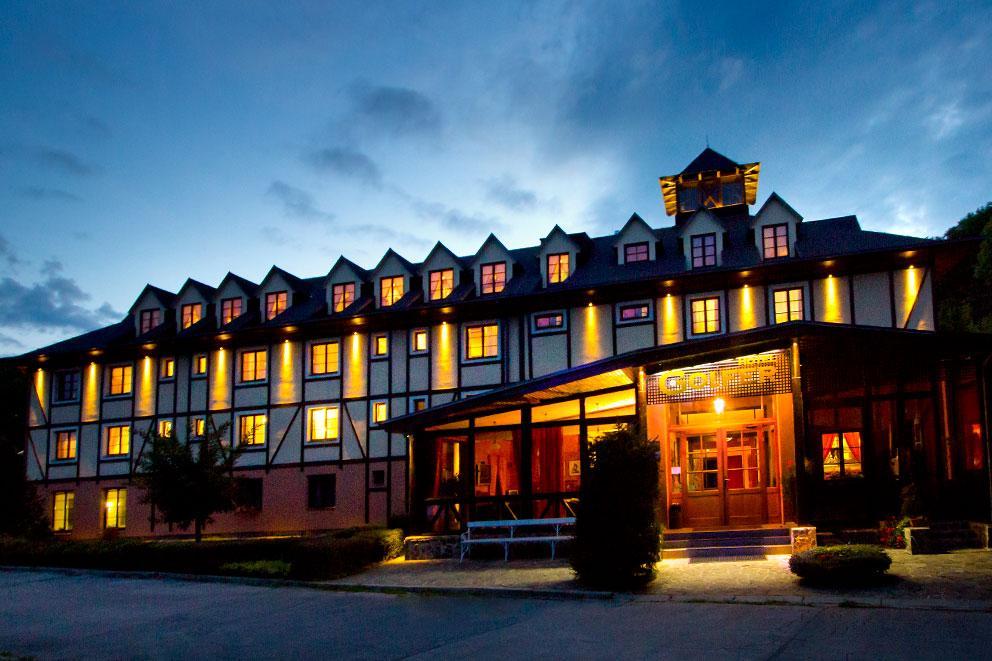 高爾夫兒飯店