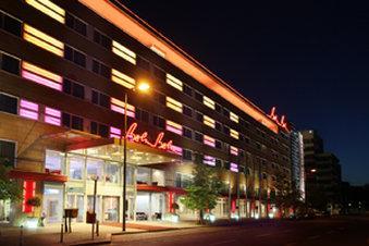 호텔 베를린, 베를린