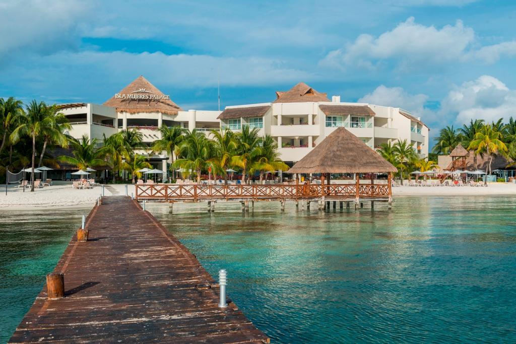 Isla Mujeres Palace