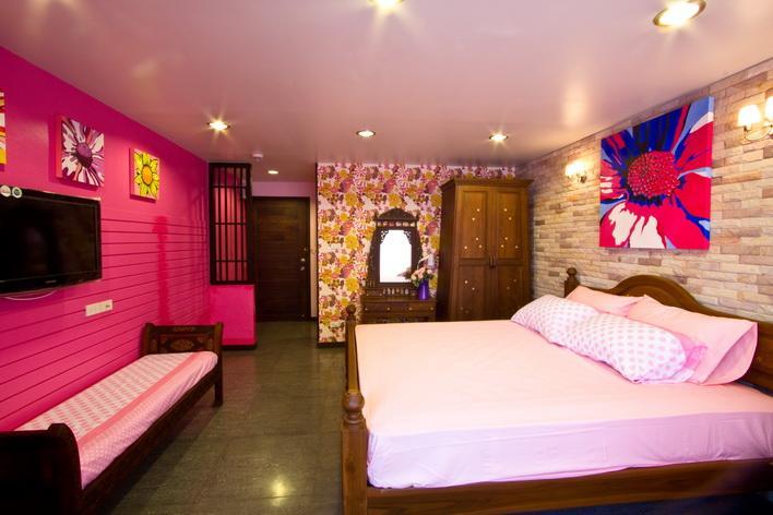 Sabai Sabai at Sukhumvit Hotel