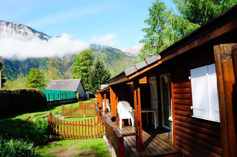 Camping a la rencontre du soleil bewertungen fotos for Camping la piscine bourg oisans