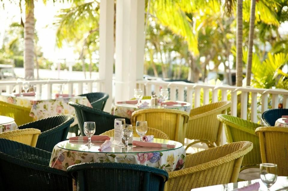 Things To Do in Bahamian, Restaurants in Bahamian