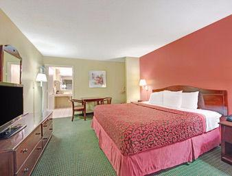 Days Inn San Antonio Northwest