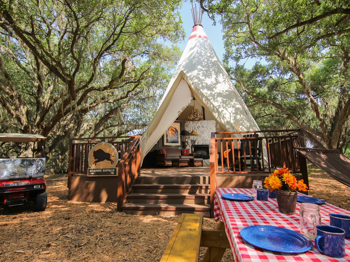 Westgate River Ranch Resort & Rodeo Luxe Teepees