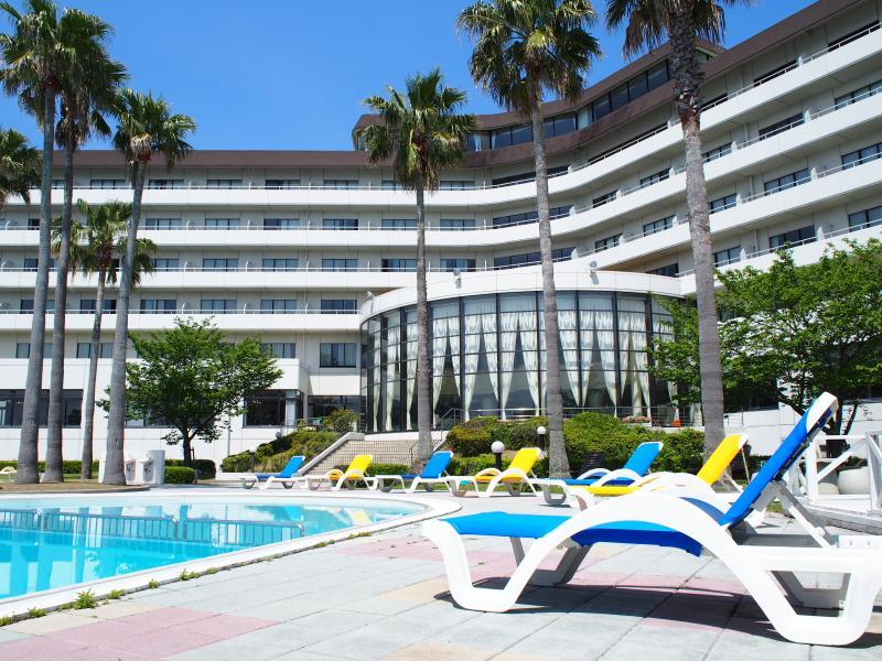 โรงแรม มินามิอะวาจิ รอยัล