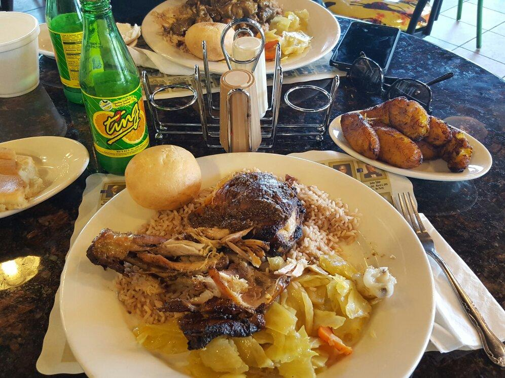 Cocoa 39 s authentic caribbean jerk lexington park for Authentic caribbean cuisine