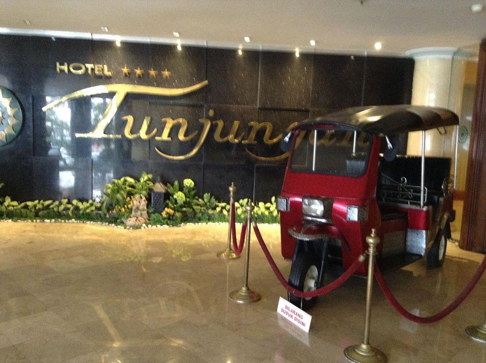 Tunjungan Hotel
