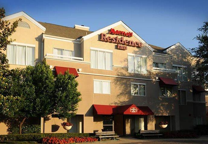 Residence Inn Dallas Market Center