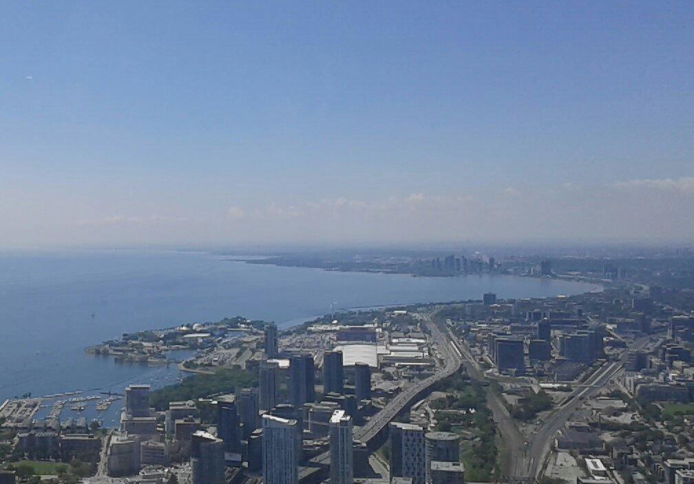 Vue de la Tn Tower...!! Magnifique...avec un ascenseur panoramique fulgurant. .!!!