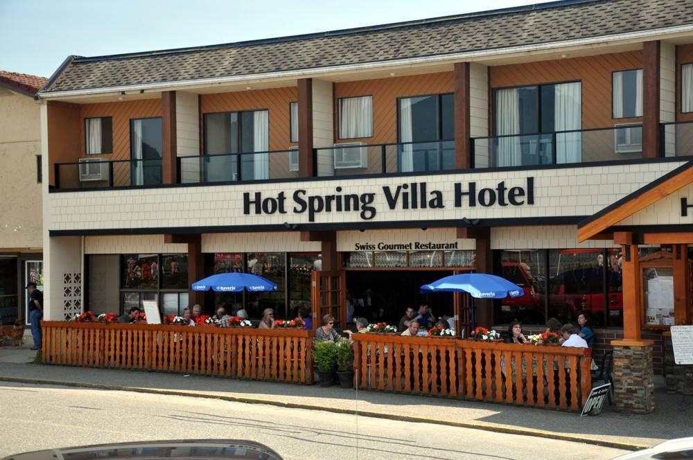 Hot Spring Villa Hotel