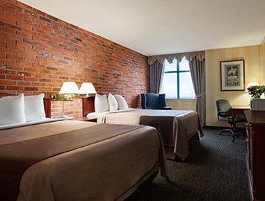 Travelodge Hotel Toronto Airport/Dixon Road