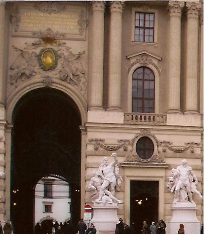 Palazzo swon1