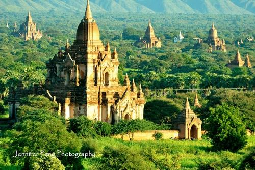 ‪WORLD Heritage Network - Bagan Pagodas & Hot Air Balloons‬