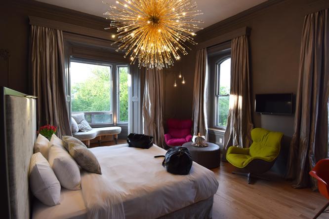 Chateau Fleur de Lys - L'HOTEL
