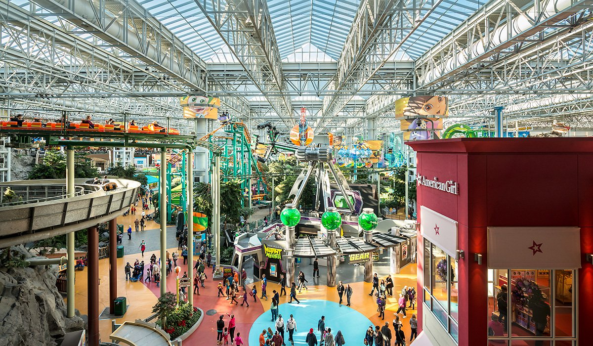 Nickelodeon Universe East Entrance
