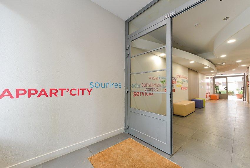 Appart 39 city paris la villette updated 2017 apartment for Location appart meuble paris