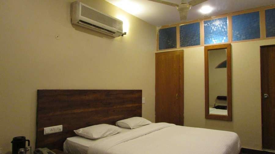 Rang Mahal Hotel