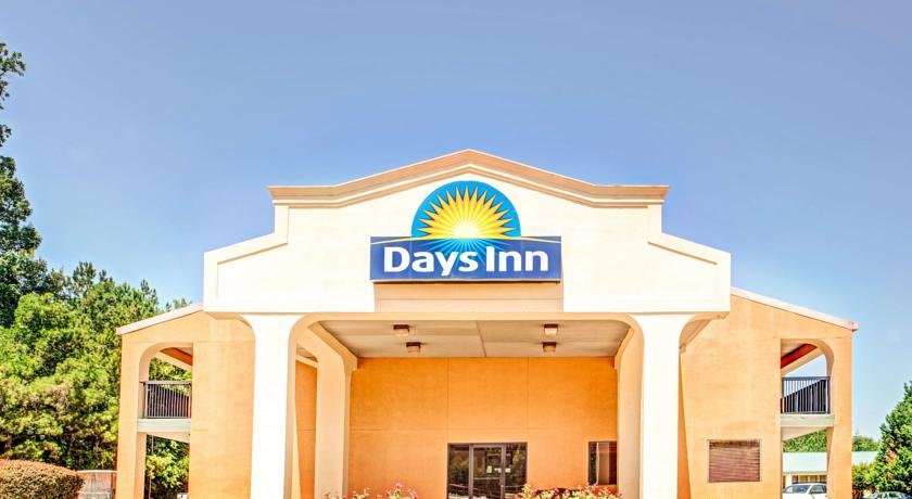 Days Inn Kennesaw