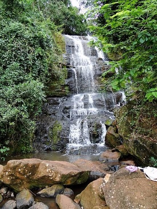 Things To Do in Onca Falls, Restaurants in Onca Falls